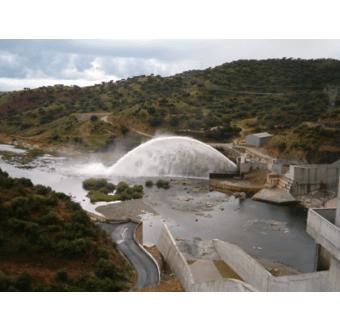 Alqueva-dæmningen